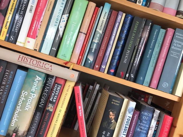 Hoe neem je afscheid van boeken?
